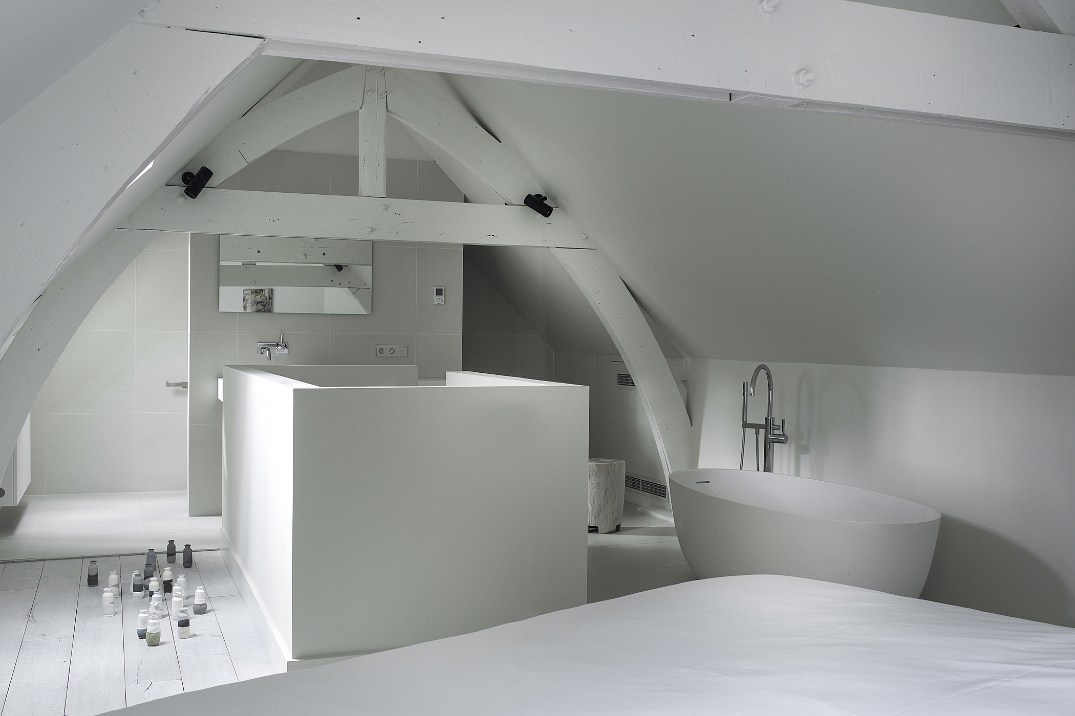 Kazerne Corner Duplex Bath and Bedroom Image Patrick Meis