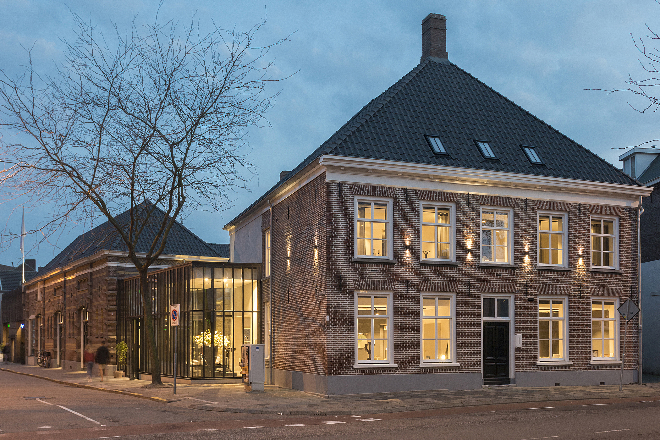 Kazerne Main Building Image Ruud Balk